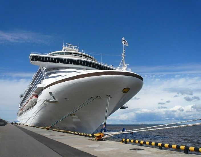 Cruises, ground handling without a visa